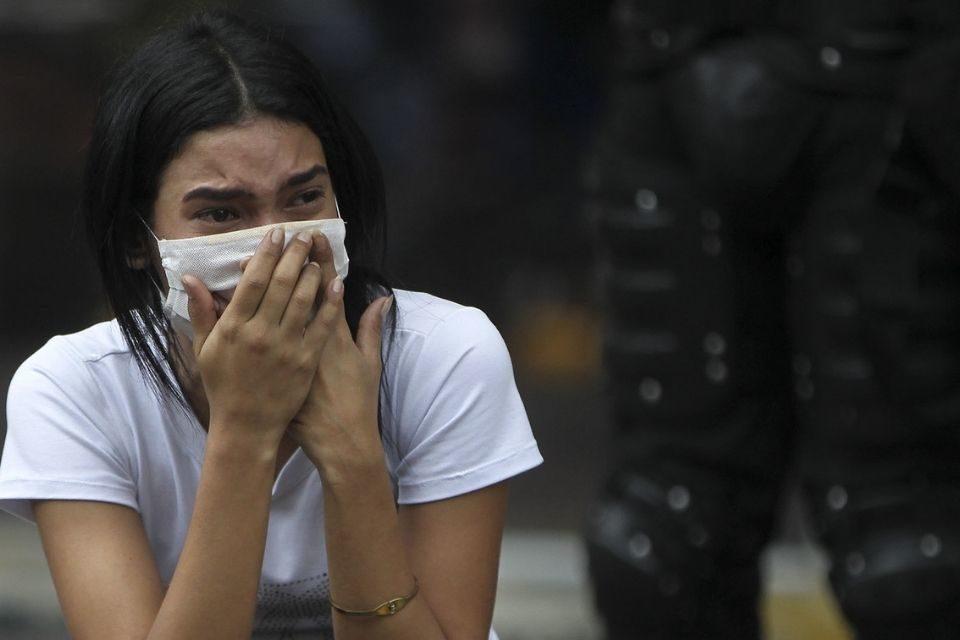 Venezolanos llorando