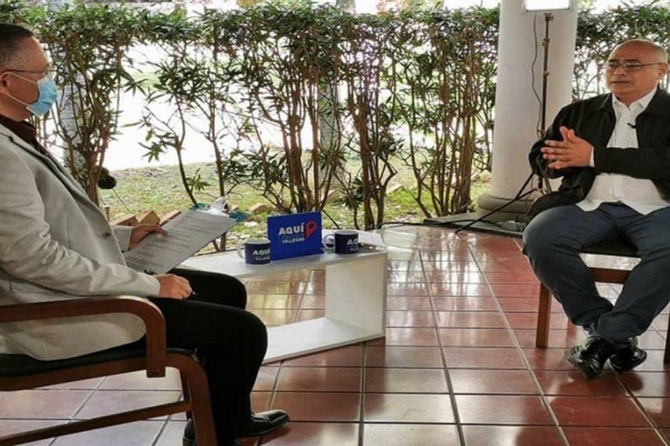 Ministro de Salud Carlos Alvarado - Vacuna