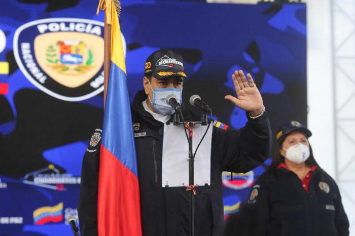 Maduro pide a la PNB defender los DDHH