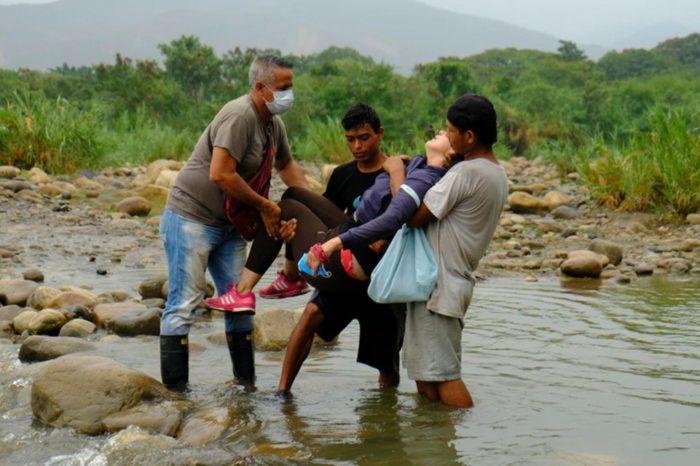 voa migrantes irse regresar crisis Colombia Venezuela crisis