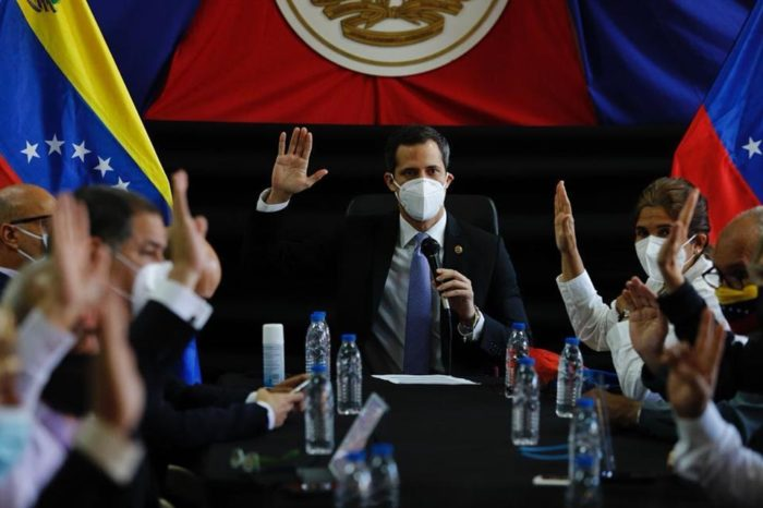 comisión delegada AN de Guaidó venezolanas migrantes