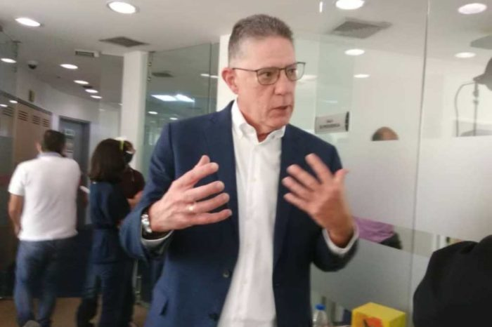 Alexander-Elorriaga-DirecTV SimpleTV