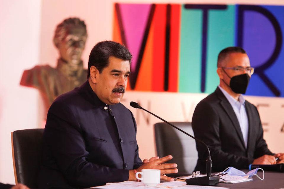 Nicolás Maduro pide a Biden restaurar relaciones con EEUU