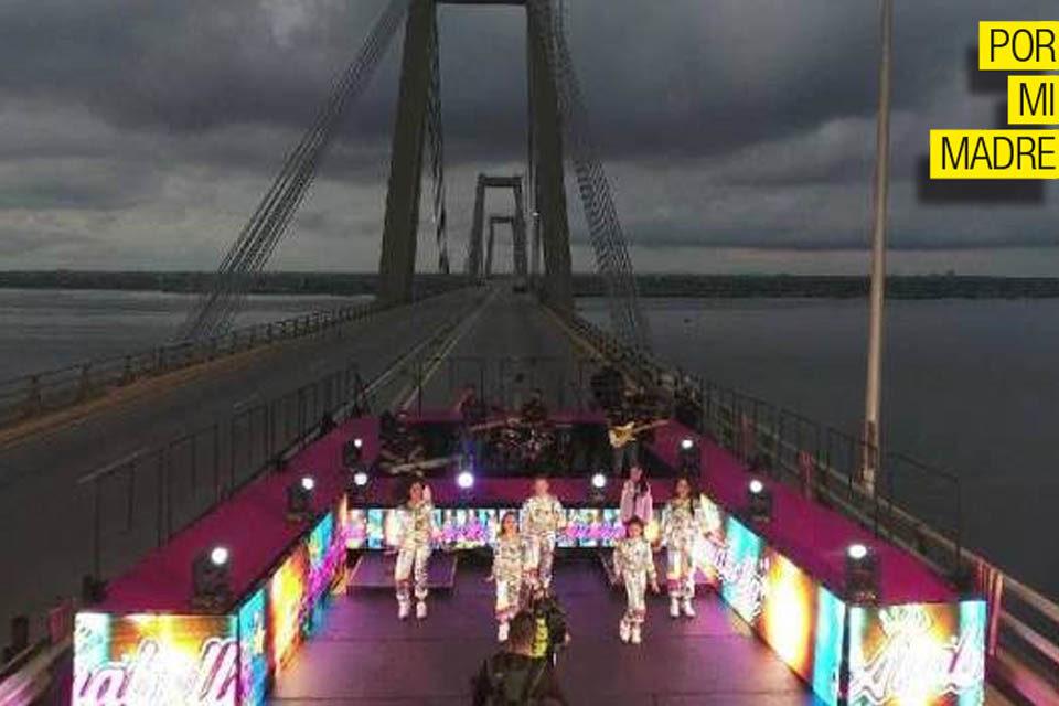 Anabella Queen Puente sobre el Lago Por Mi Madre Zulia