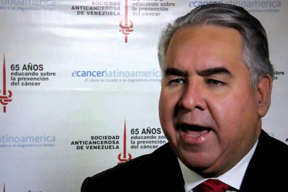 Venezuela necesita 30 millones de vacunas contra la covid-19 - academia de medicina esquema 7+7
