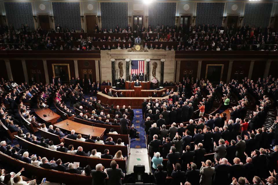 Casa de Representantes aprueba propuesta de ciudadanía a inmigrantes