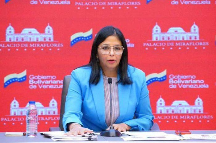 Delcy Rodríguez vacuna AstraZeneca - Covax