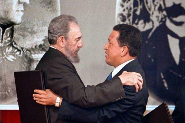 Para salir del reflujo Hugo Chávez y Fidel Castro