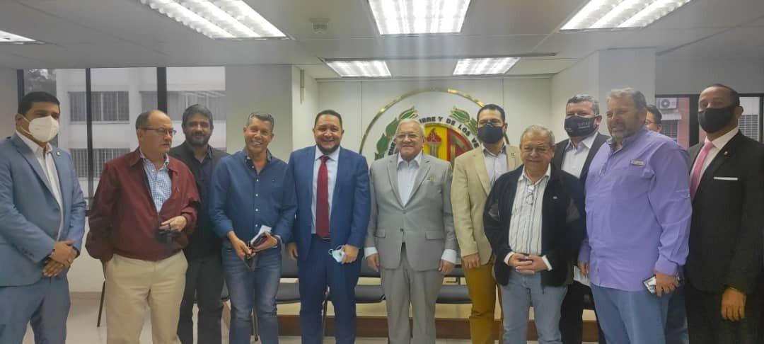 Partidos reunidos política nueva oposición