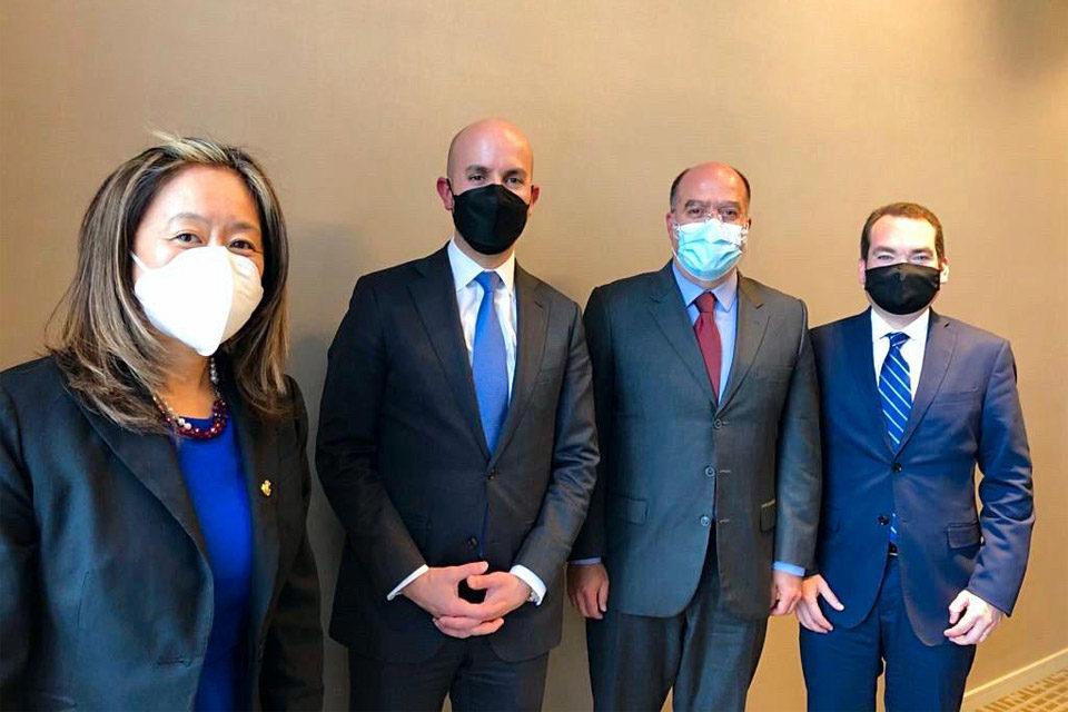 Borges y Guanipa con funcionarios estadounidenses