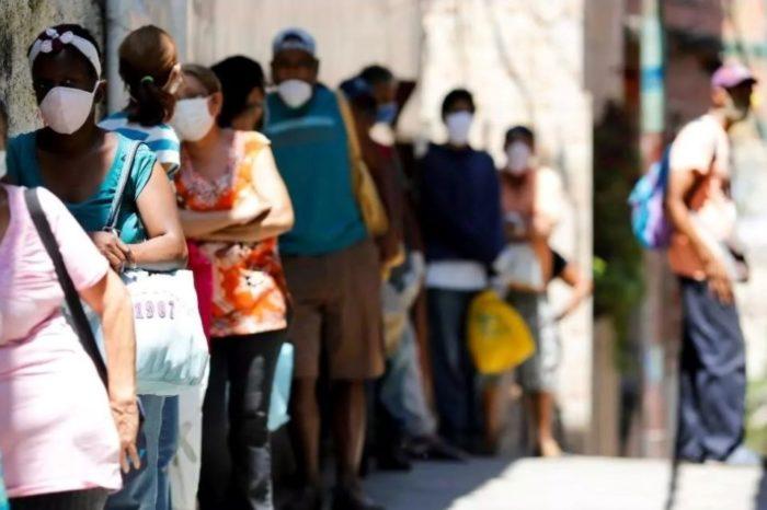 La única vacuna gente calle