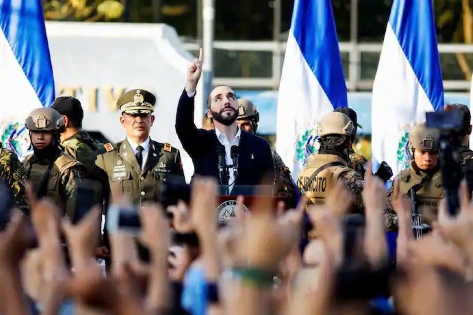 La democracia ha muerto en El Salvador, por César Castro Fagoaga