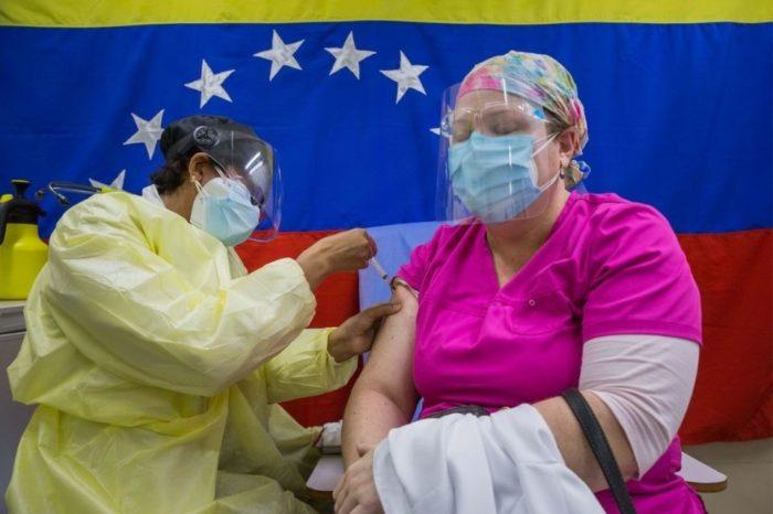 Vacunación al personal sanitario
