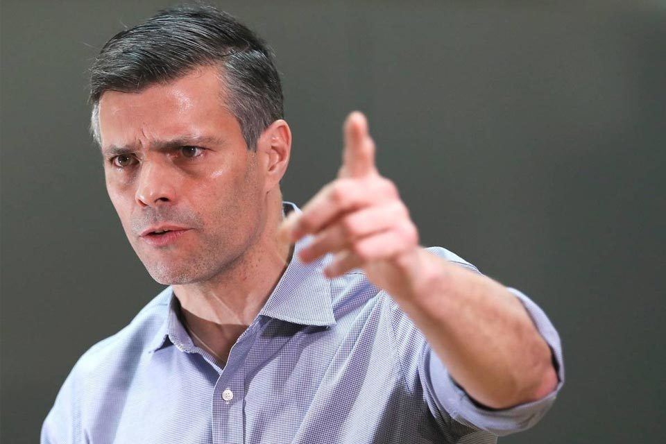 TSJ declara procedente solicitar a España extradición de Leopoldo López Freddy Guevara
