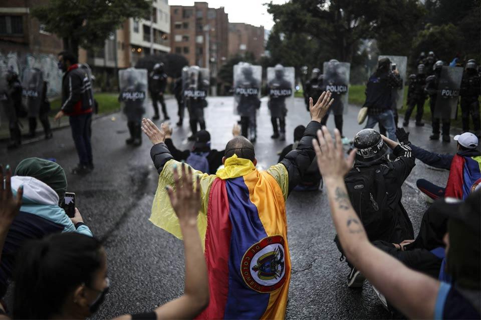 Paro en Colombia continuará hasta que inicien negociaciones