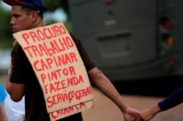 Venezolano crisis Brasil buscando empleo