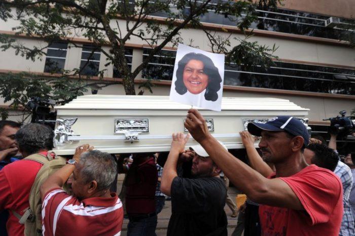 El peligro de defender los derechos humanos en Centroamérica Bertha Cáceres