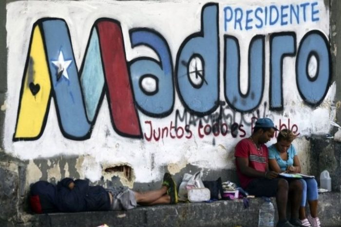 Salto al vacío, terreno inexplorado, catástrofe humanitaria es lo que corresponde para tratar de entender el proceso de destrucción de Venezuela.