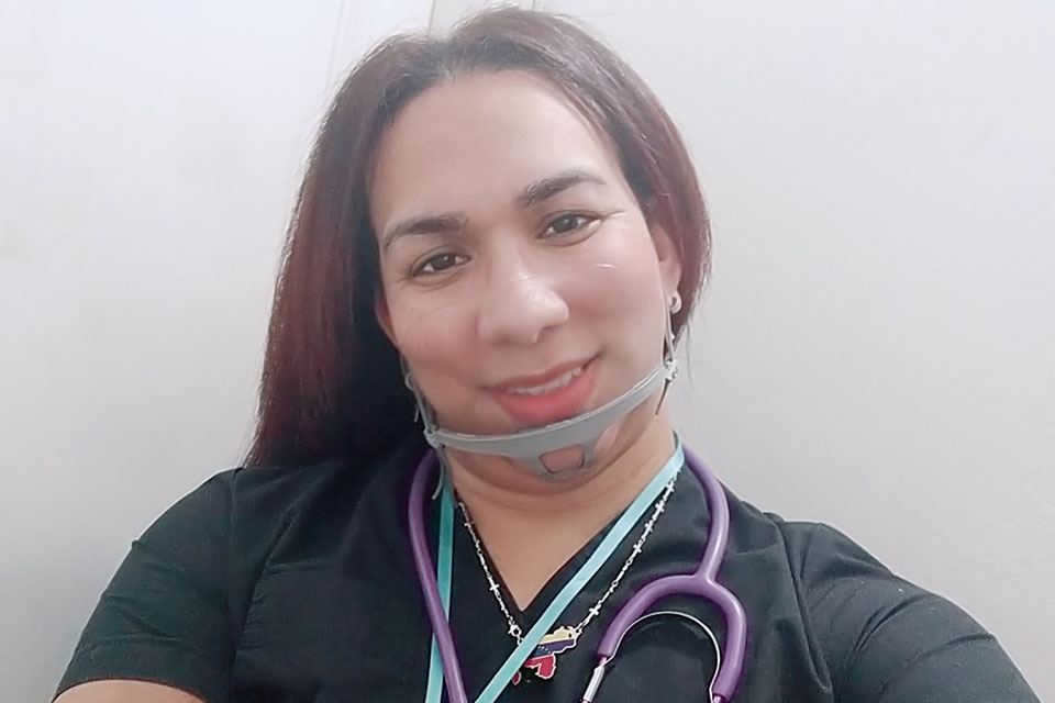 Angie se siente bien como trans