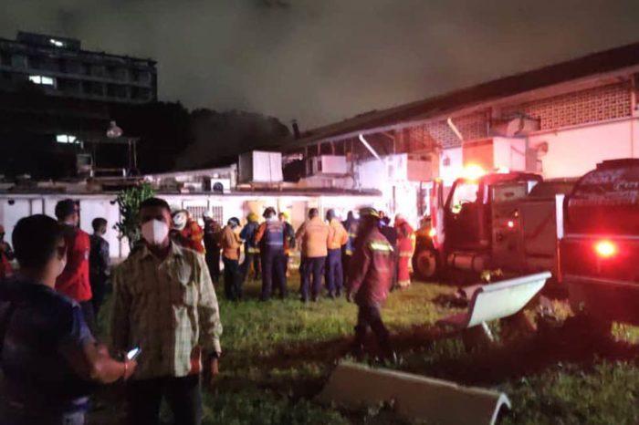Bomberos controlan incendio en la UCV