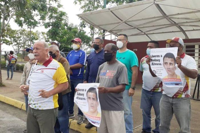 Protesta a favor de Rodney Álvarez