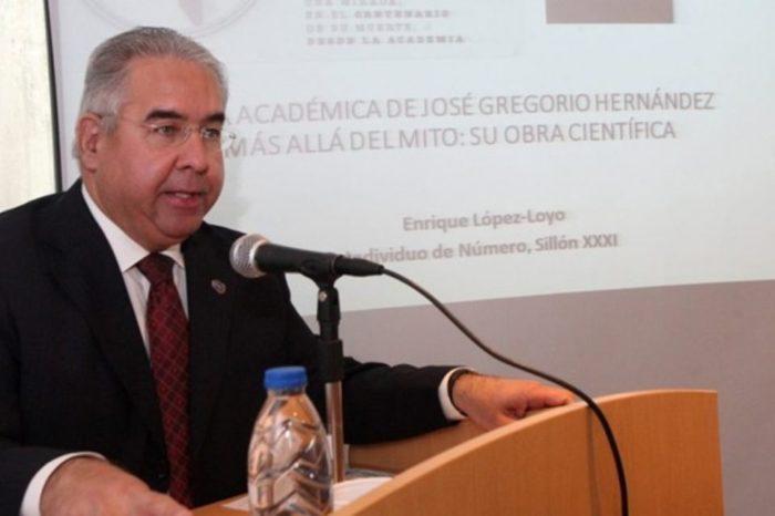 Enrique López Loyo - presidente de la Academia Nacional de Medicina