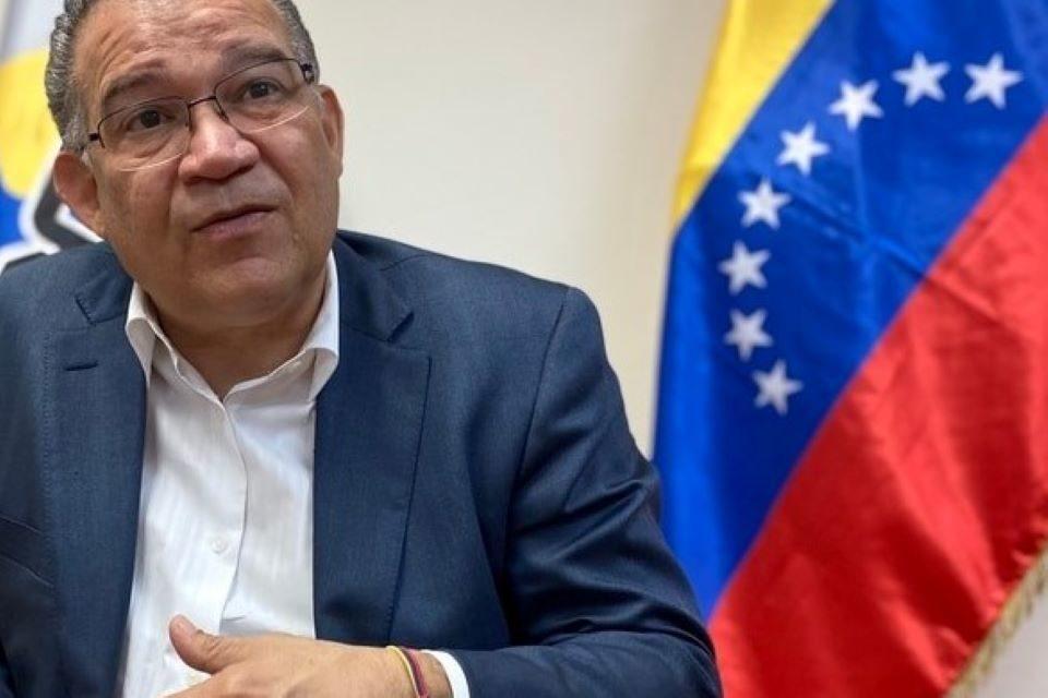 Política, negociación y unidad democrática Enrique Márquez
