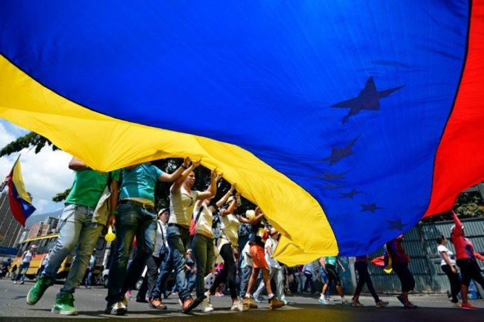 El rescate de la Venezuela decente oposición