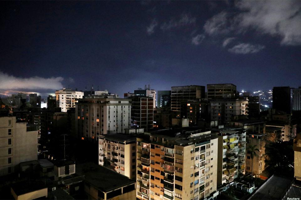 """Corpoelec aplica """"cortes encubiertos"""" en Caracas, advierte José Aguilar"""