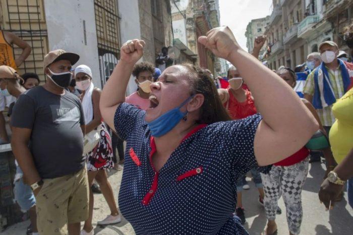 A Cuba se le corrió el maquillaje