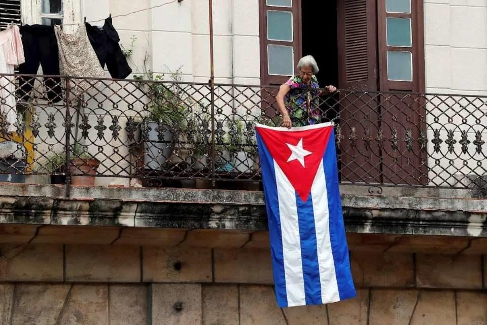 Aquí no se habla mal de Cuba