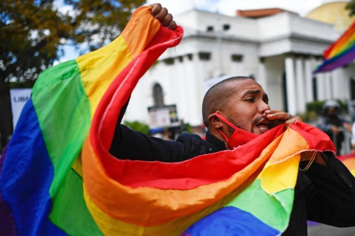 Homofobia institucionalizada engaveta casos de violencia contra la colectivo Lgbti en Venezuela
