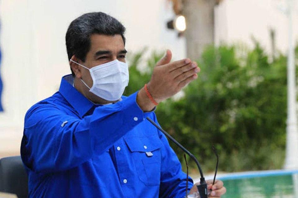 Maduro contempla levantar esquema 7+7
