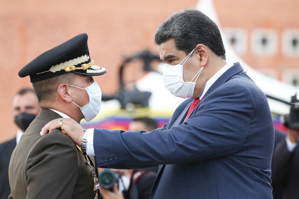 Maduro designa a Domingo Hernández Lárez como nuevo jefe de la Ceofan