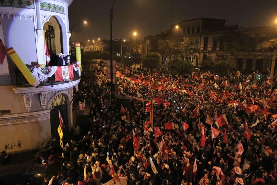 La política contemporánea y los antagonismos feroces