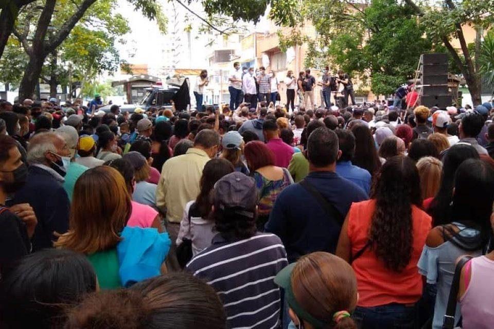 Por Caracas, por Roberto Patiño
