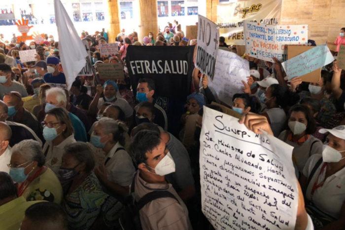 protesta trabajadores de la salud