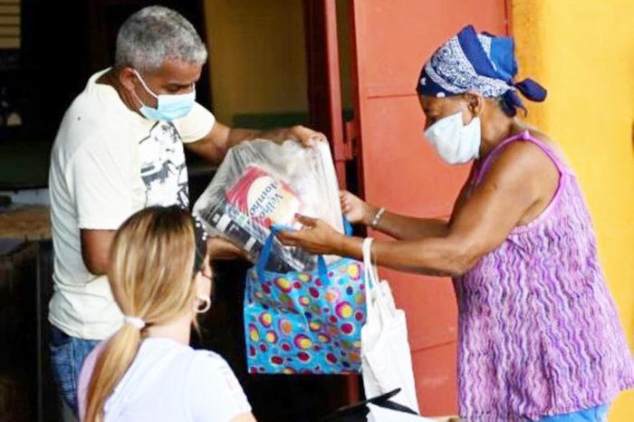 Venezuela y seis países más enviaron toneladas de alimentos y medicinas a Cuba
