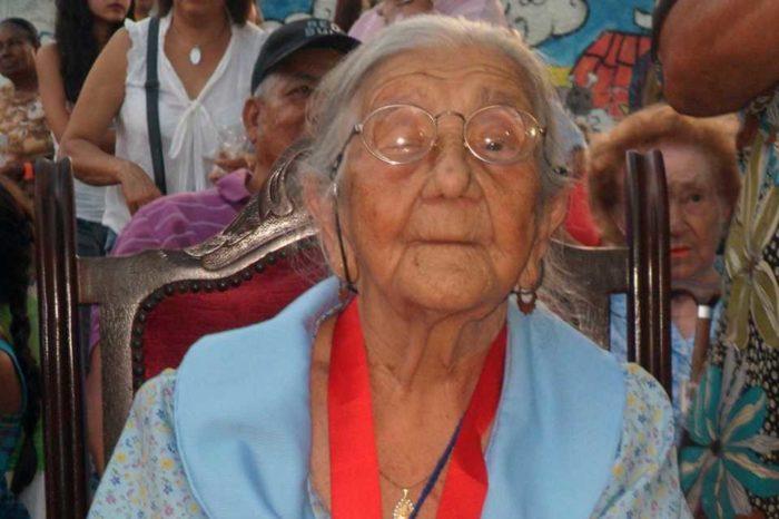 107 años de doña Emilia