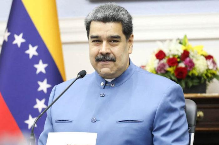 Nicolás Maduro juramenta su gabinete