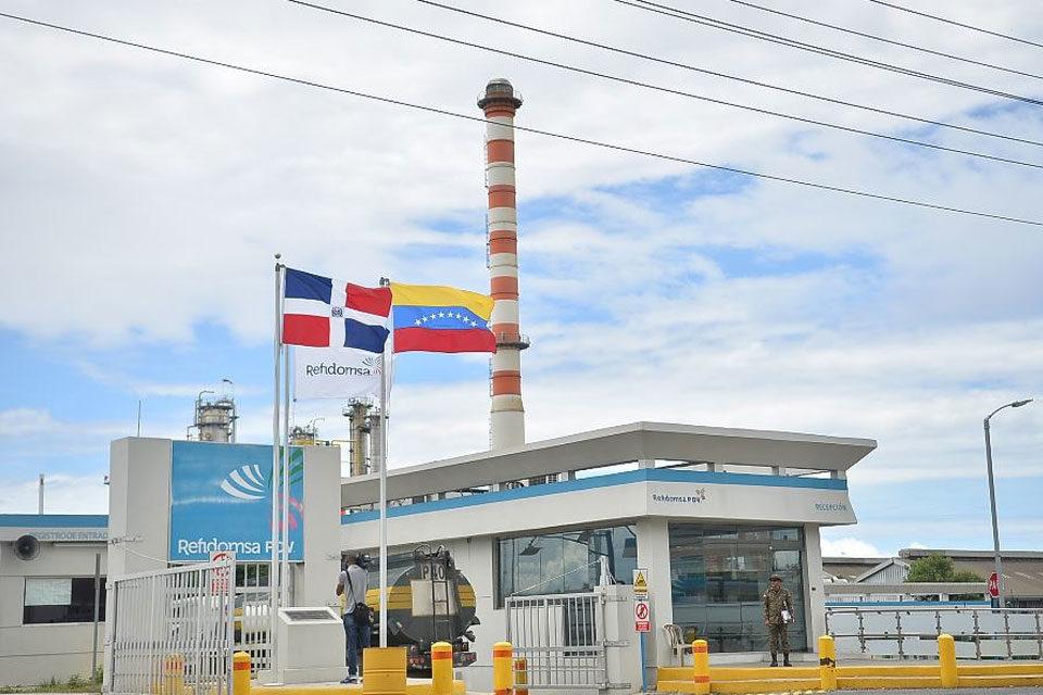 Pdvsa vende participación en la dominicana Refidomsa