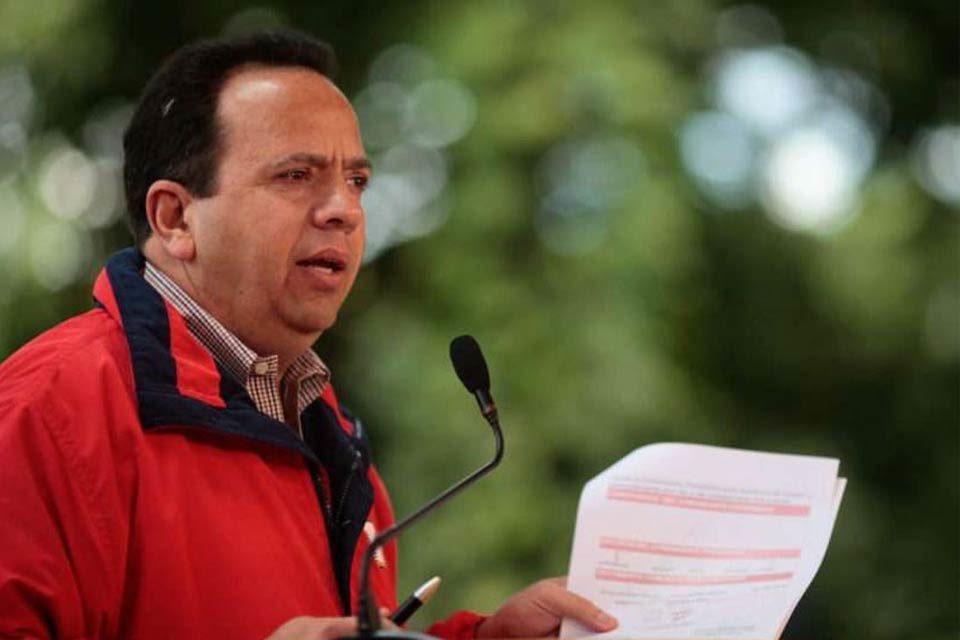 Rodolfo Marco Torres renuncia en Aragua
