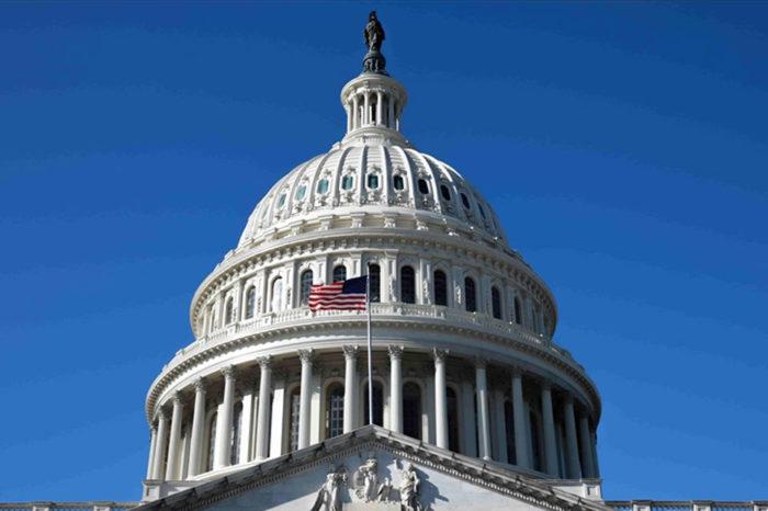 Senado de Estados Unidos propone proveer internet a Cuba