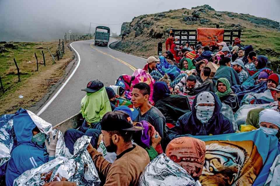 Vocero de Acnur y OMI alaba a Ecuador y Colombia por trato dado a los venezolanos