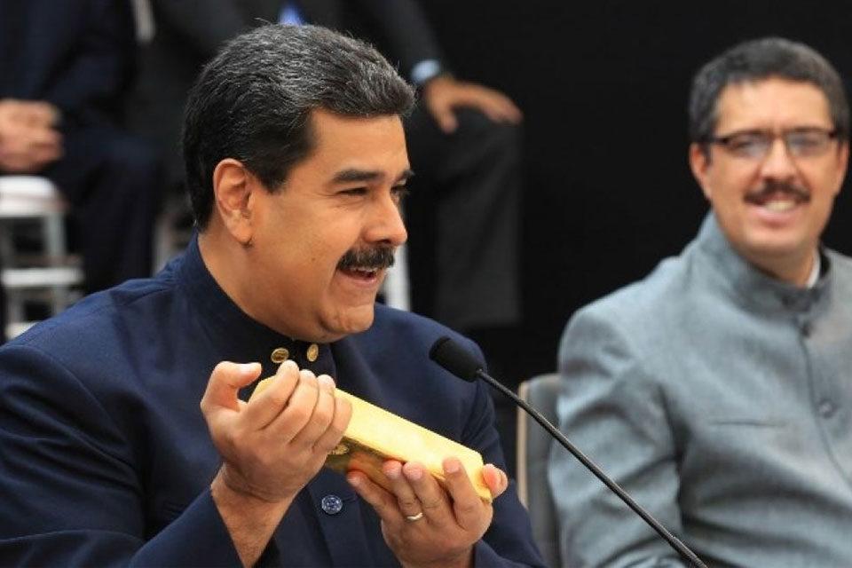 Reservas de oro caen por ventas de Maduro