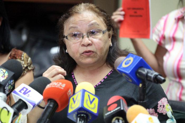 Raquel Figueroa sector educación
