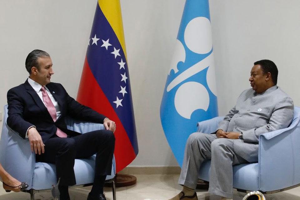 El secretario de la OPEP, Mohammed Barkindo, se reunió con Tareck El Aissami en Venezuela