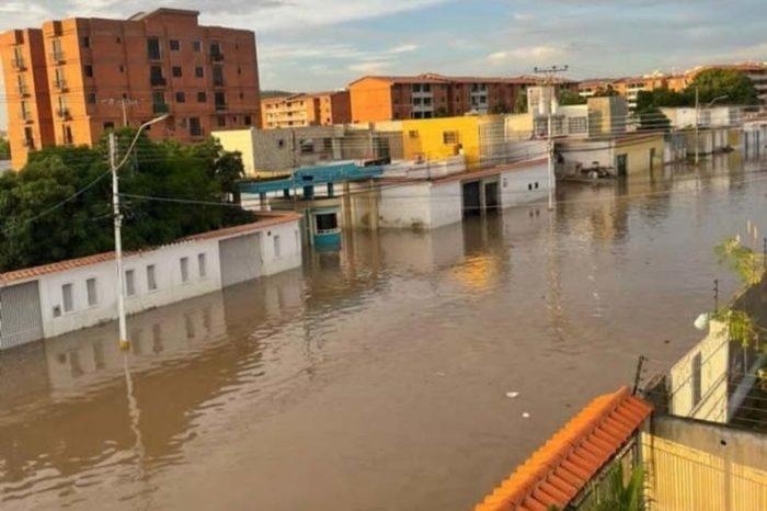 Crecida del Río Neveri afecta a miles de familias