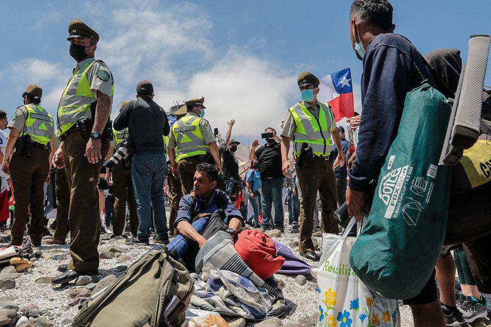 quema de pertenencias a migrantes en Chile