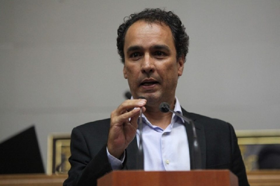 Alonso Moleiro cree que la FAN necesita clases de formación social, moral y cívica